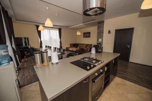 1545252193_kitchen.jpg